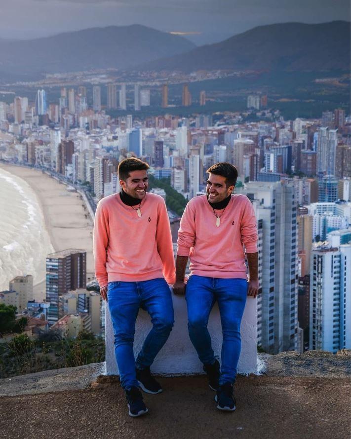Foto de Gemelos Viajeros en Benidorm